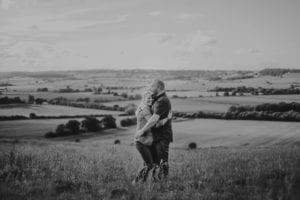 0020 – Rob + Lisa e-shoot – IMG_3123 – Jamie Sia Photography